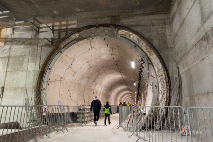 Metrorex Statia Favorit Tunel Intrare